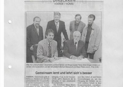 2002_07_06_NRZ_Kooperation_mit_der_Gesamtschule_Voerde_Pressearchiv