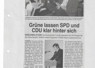 2002_09_20_NRZ_Wahlsimulation_Pressearchiv