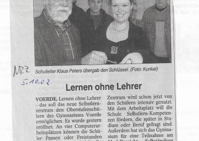 2002_10_05_NRZ_Selbstlernzentrum_Pressearchiv