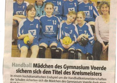 2010_04_08_RP_Maedchen_Fussball