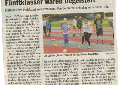 2011_10_07_NRZ_Fussballtag