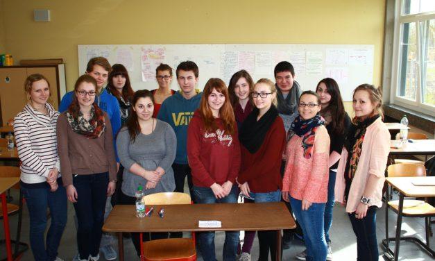 """""""Yes, we can!"""" – 14 Abiturientinnen und Abiturienten des GV erhalten Sprachzertifikate der Universität Cambridge"""