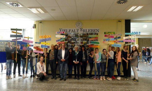 Vielfalt erleben: Präsentation der Projektwoche am Gymnasium Voerde mit buntem Programm