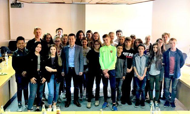 Französische Austauschschüler zu Gast im Gymnasium Voerde