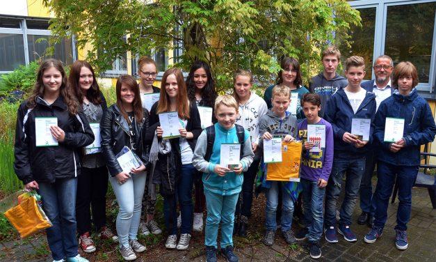 Känguru-Wettbewerb am Gymnasium Voerde: Viele GV- Schülerinnen und GV-Schüler gewinnen Preise
