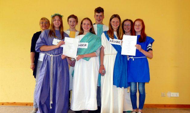 Voerder Gymnasiasten erreichen mit Latein 1. und 3. Plätze im Bundeswettbewerb Fremdsprachen