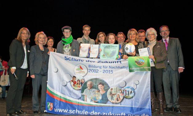"""Gymnasium Voerde zum zweiten Mal als """"Schule der Zukunft"""" ausgezeichnet"""